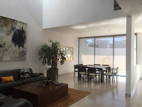casa sola en venta juriquilla loma