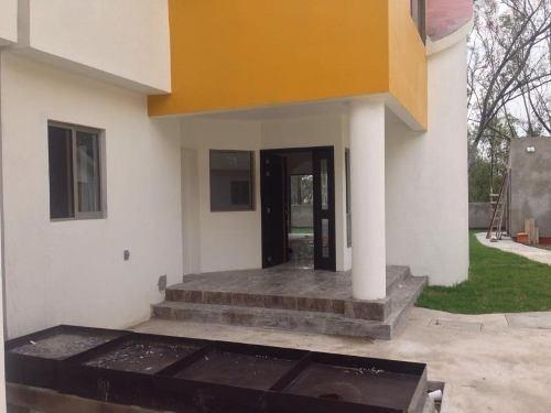 casa sola en venta lago de guadalupe