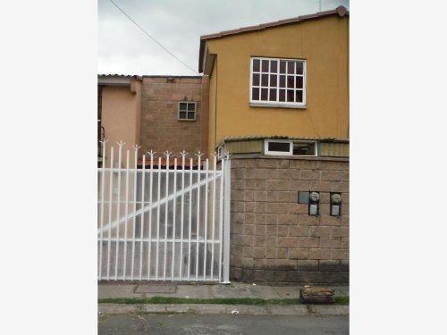casa sola en venta las palmas hacienda