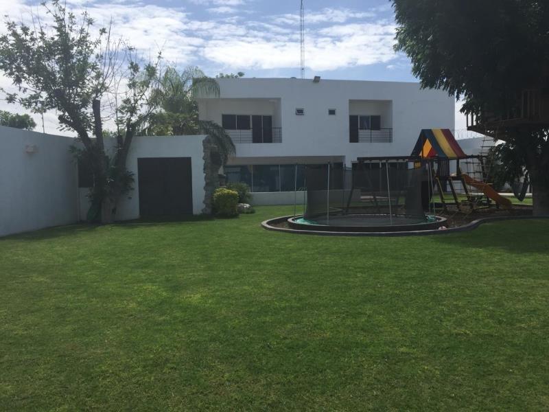 casa sola en venta las trojes