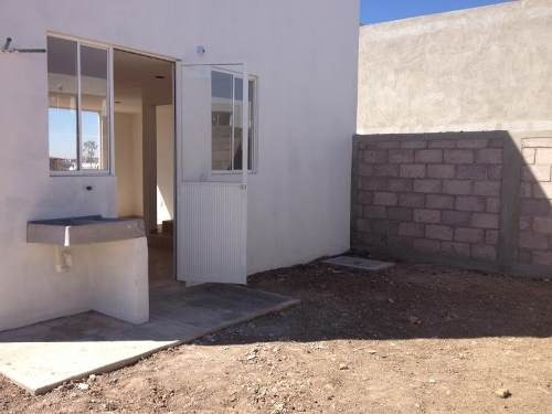 casa sola en venta listas para escriturar 2 niveles