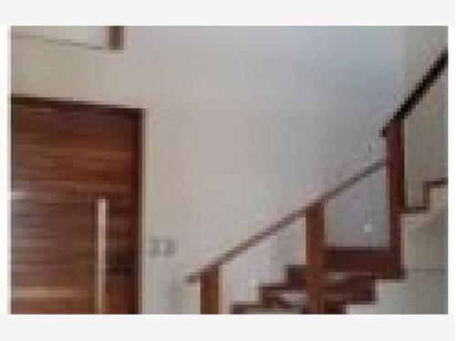 casa sola en venta *  lomas de angelopolis *