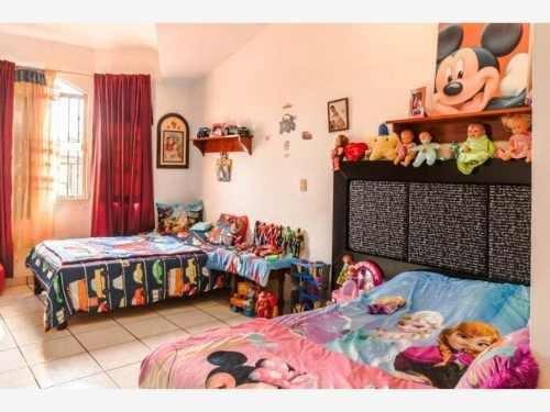 casa sola en venta lomas de mazatlan a metros de zona dorada y playas