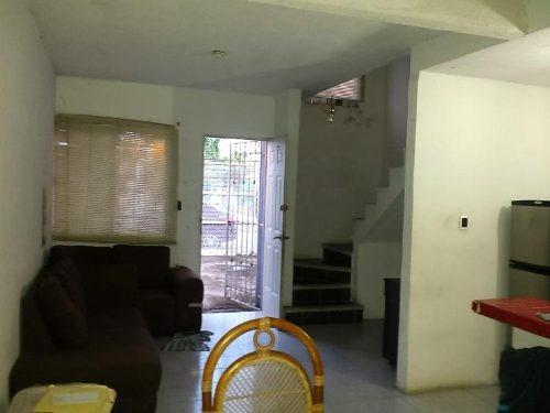 casa sola en venta lomas de rio medio 3