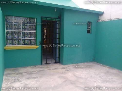 casa sola en venta lomas de rio medio ii