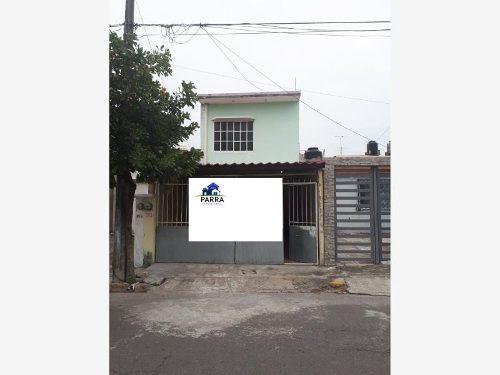 casa sola en venta lomas de rio medio iii