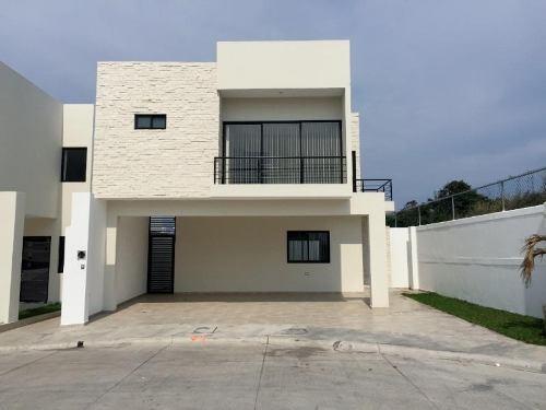 casa sola en venta lomas residencial