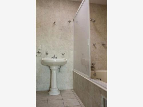 casa sola en venta milenio 3ra secc