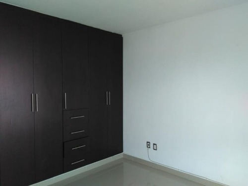 casa sola en venta miravalle