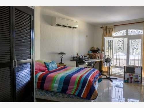 casa sola en venta playa sur