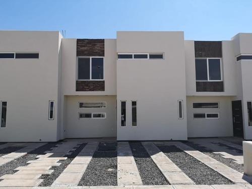 casa sola en venta privada aserradero