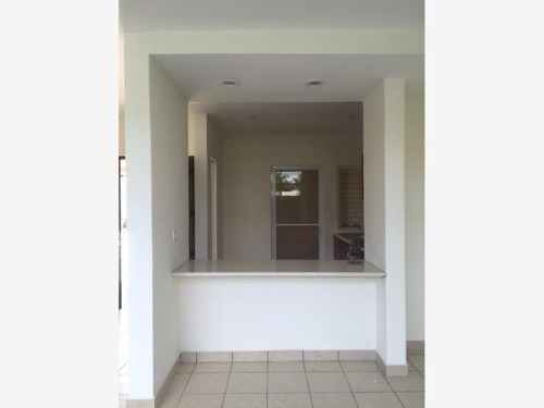 casa sola en venta privada la paz