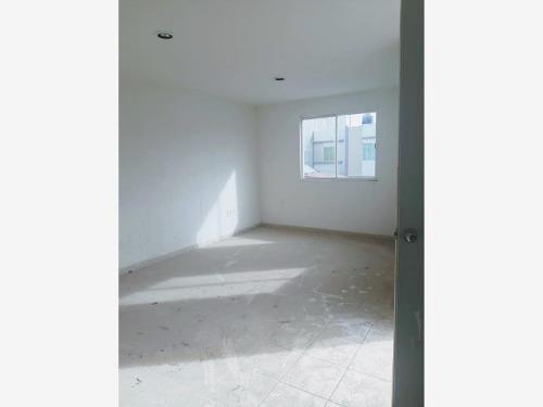 casa sola en venta privadas del paraiso