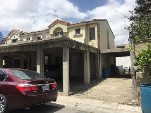 casa sola en venta quinta residencial montecarlo