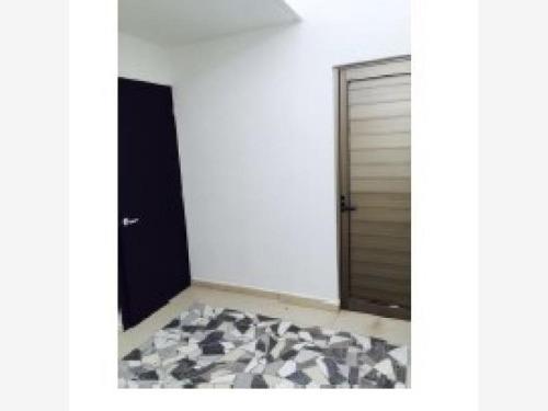 casa sola en venta residencial guadalupe