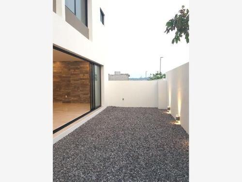 casa sola en venta residencial punta tiburon