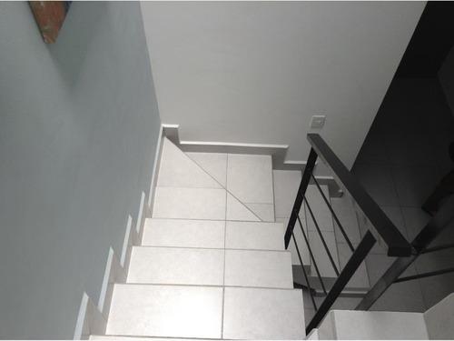 casa sola en venta riscos adagio