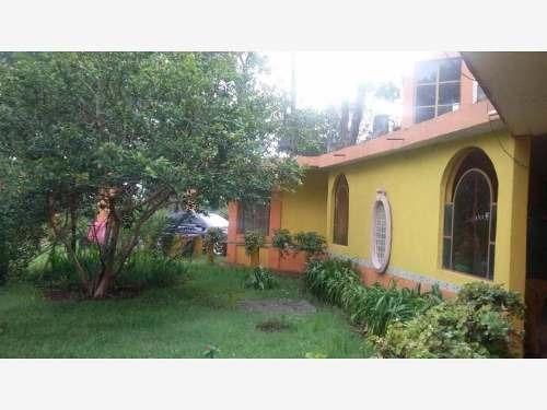 casa sola en venta ubicado en la entrada de atotonilco,