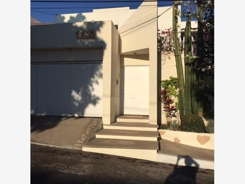 casa sola en venta villas de irapuato