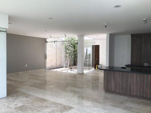 casa sola en venta zibata
