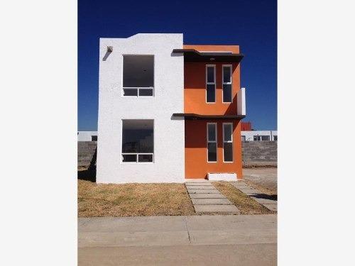 casa sola en venta zona urbanizada
