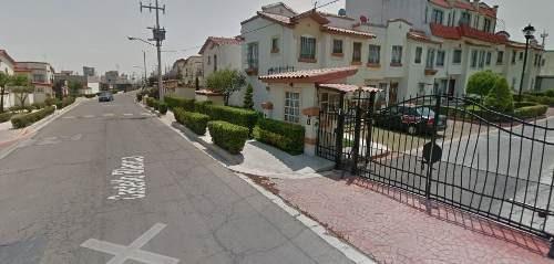 casa sola en villa del real tecamac