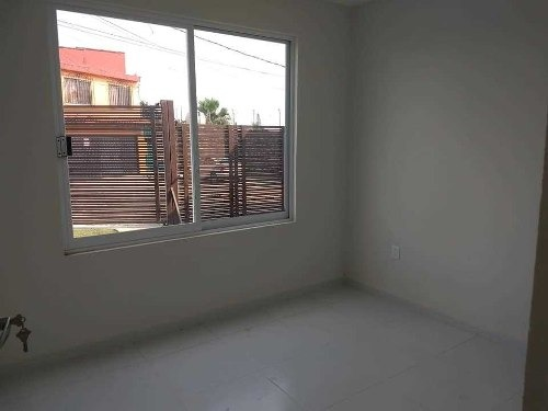 casa sola, nueva en cuernavaca, venta