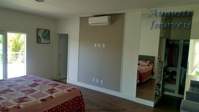 casa super top em condomínio em atibaia