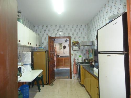 casa térrea 3 dor frente mar  suarão -250m