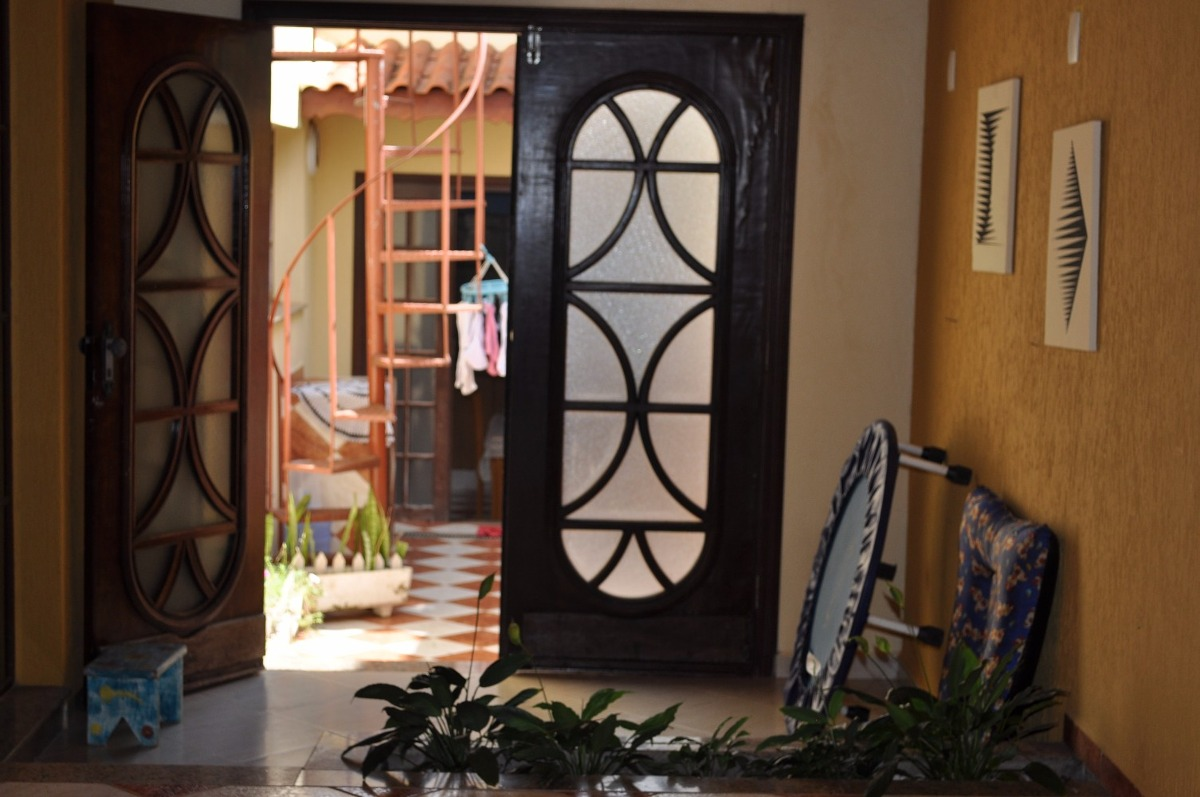 casa térrea - 3 dorm 1 suíte jardim sevilha
