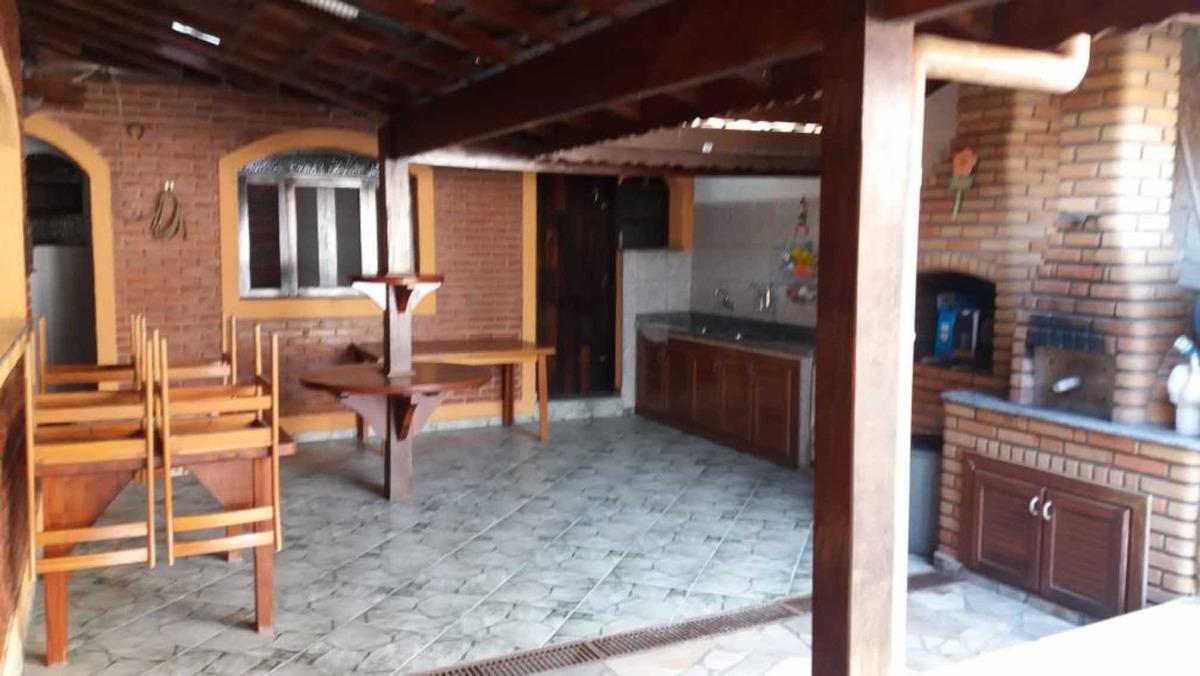 casa térrea, 5 quartos, 3 suites espaço gourmet, piscina