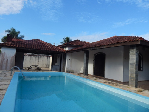 casa térrea c/ 2 lotes e piscina para venda em peruíbe