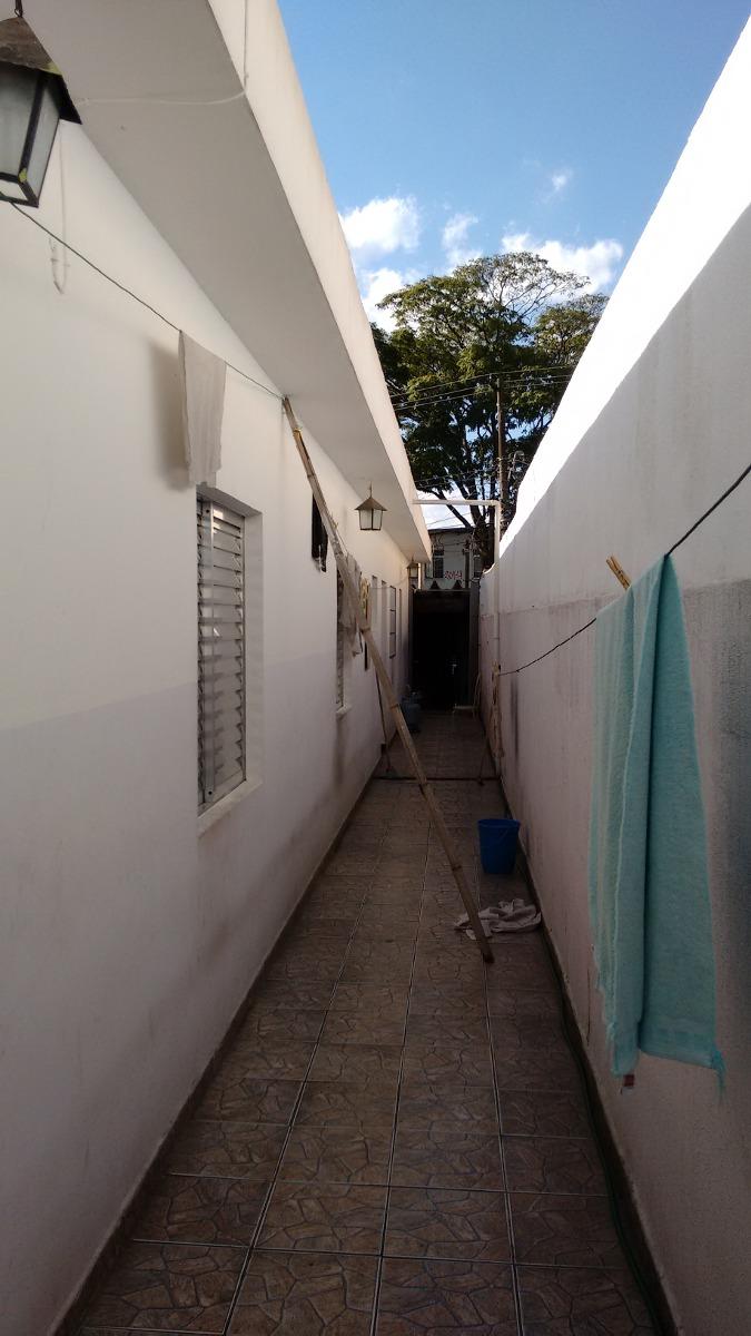 casa térrea com 03 dormitórios e 02 vagas