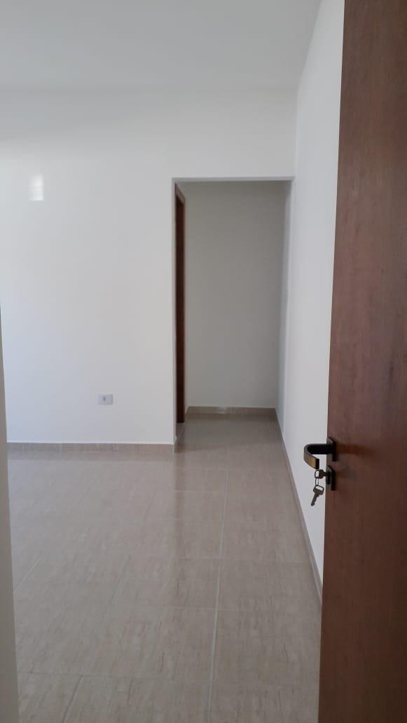 casa térrea com 2 dormitórios, 1 suíte, excelente construção