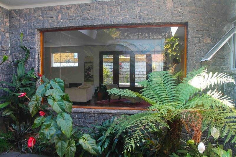 casa térrea com espaços generosos - 375-im120401