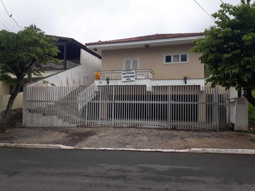 casa térrea com quintal, área gourmet e garagem - 6 carros