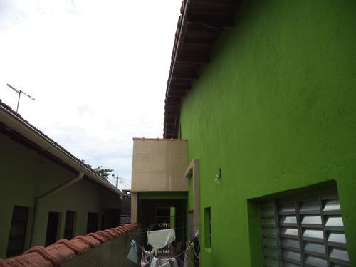 casa térrea em ótimo estado de conservação. ref. 910