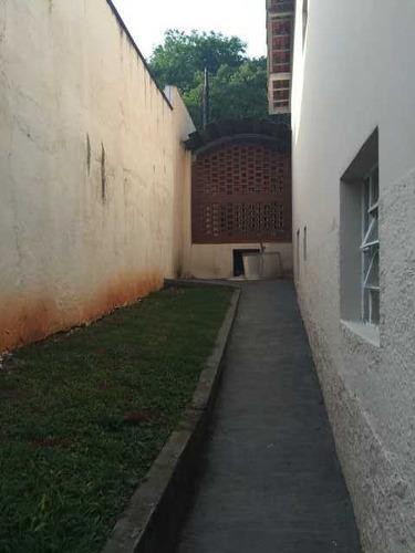 casa térrea em rua sem saída com guarita na porta. ref 76616
