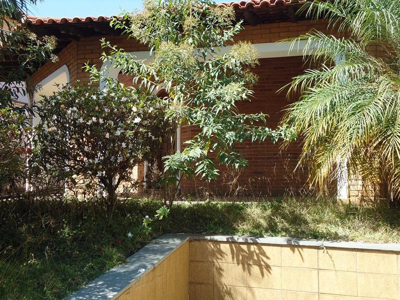 casa terrea em rua tranquila, 02 dorms. telma/pedro 5110