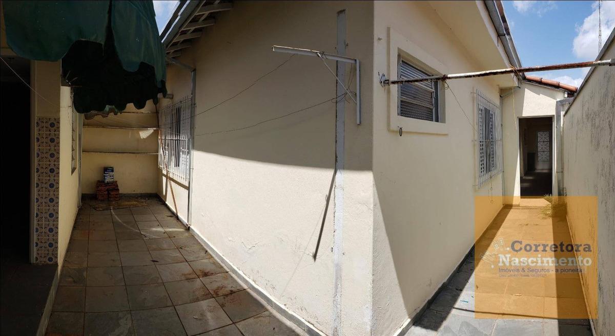casa térrea em rua tranquila no centro - ca1542