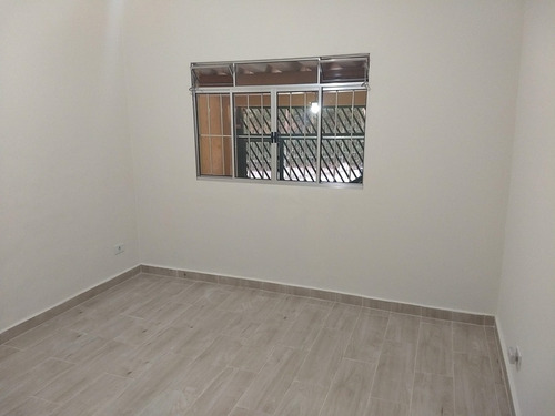 casa térrea praticamente nova com 02 dormitórios. ref 8003