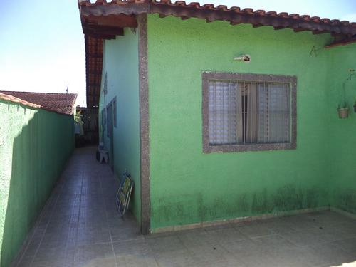 casa térrea usada em bom estado de conservação. ref. 907