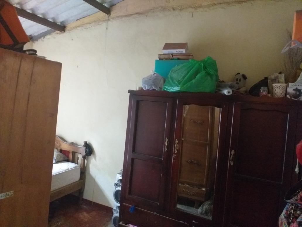 casa tien 2 dormitorios,sala,conedor, cocina,baño,patrip