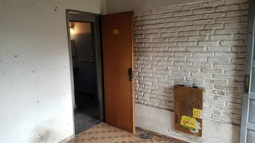 casa tipo 2 familias. fischetti 4200/caseros.