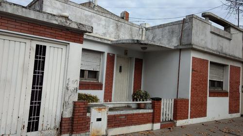 casa tipo americana en villa sarmiento