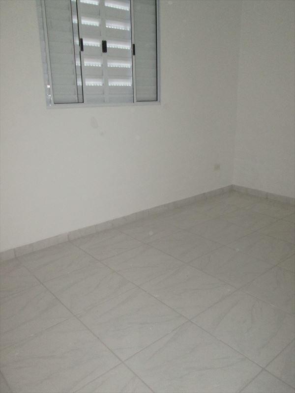 casa tipo apartamento a venda em itanhaém.