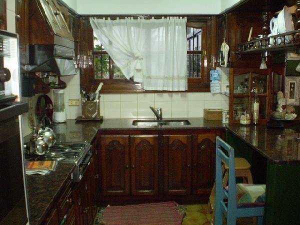 casa tipo chalet 4 ambientes en san justo