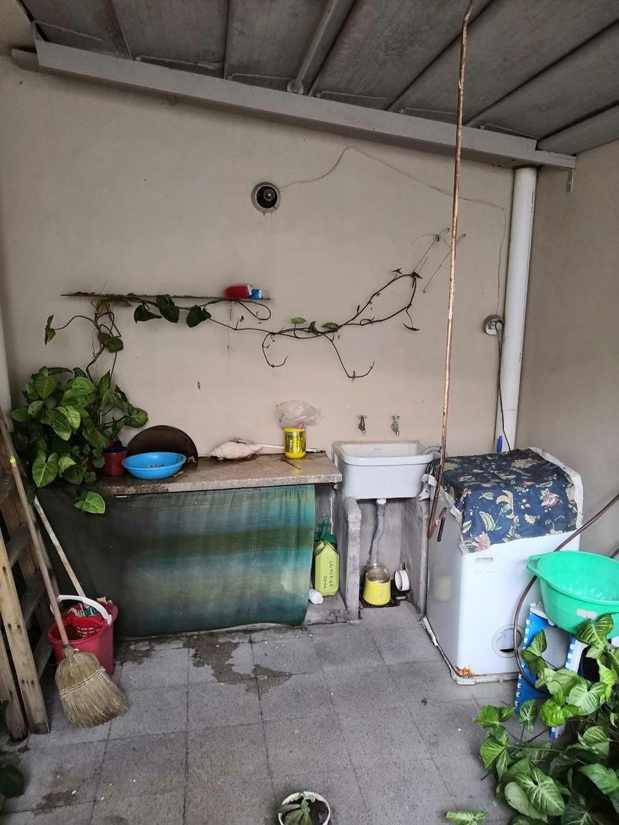 casa tipo ph, 3 dormitorios + patio cocina y comedor