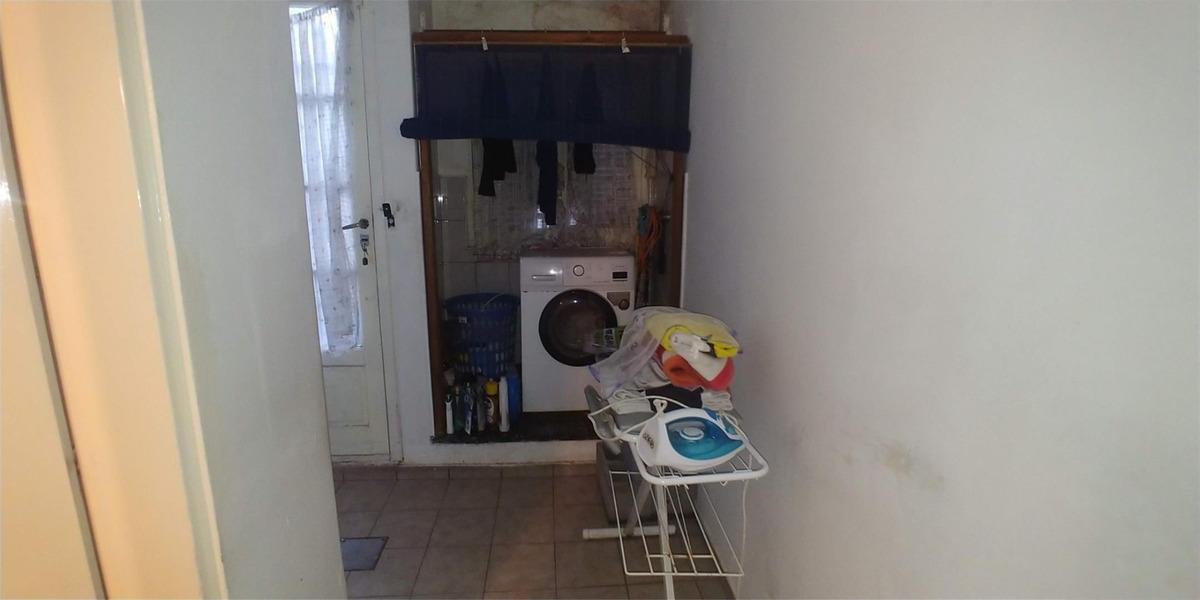 casa tipo ph 4 ambientes con cochera