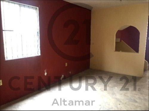 casa tradicional de 2 pisos en venta, col. villa hermosa, tampico, tamaulipas.